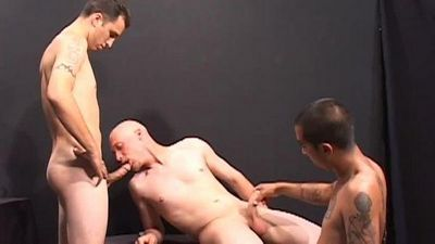Desperate Straight Guys torrent